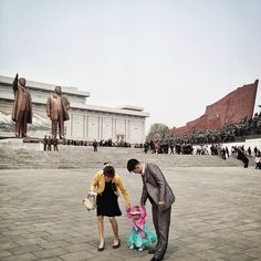 The Faces of Forbidden Places | Paying Respect in Mansudae Hill, Pyongyang | FATHOM