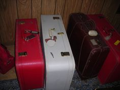 Old suitcases we are selling at auction on June 30th.  Ayers Auction and Real Estate, Oneida, Tn. 423-569-7922. Lic#3949  Would be great for photography studio or diy end table.  I have seen a lot of newborn photograpy shoots using this prop.  10% buyers premium.