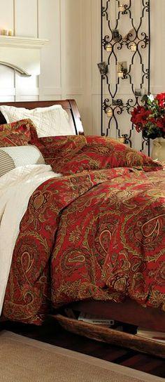 Earth tones in the bedroom