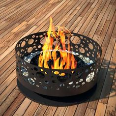 Steel Bubble Outdoor Fireplace | dotandbo.com
