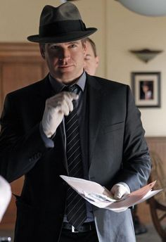 Michael Weatherly looks good in a fedora Best Tv Shows, Best Shows Ever, Favorite Tv Shows, Movies And Tv Shows, Ncis Rules, Ncis Gibbs Rules, Michael Weatherly, Anthony Dinozzo, Ncis Characters