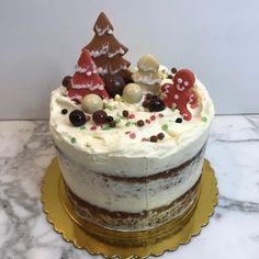 tarta navidad carrot cake Carrot Cake, Carrots, Desserts, Food, Fondant Cakes, Lolly Cake, Candy Stations, Xmas, Tailgate Desserts