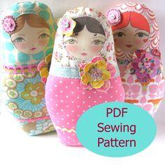 PDF Sewing Pattern  Matryoshka Doll with Flower por zouzoudesign, $8.50