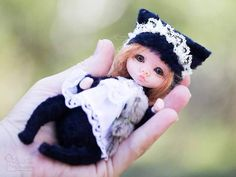 Black kitty By Elena Golofaeva - Bear Pile