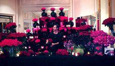 Jeff Leatham himself at his flower pop up shop for Saint Valentine's Day #georgev @fsparis