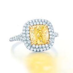 Tiffany Yellow Diamonds are rivaled only by the rays of the sun. #TiffanyPinterest #TiffanyWeddings #Ring