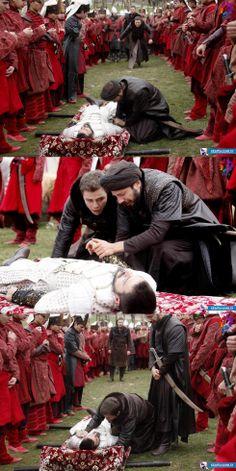 Şehzade Mustafa (Mehmet Günsür), Şehzade Cihangir (Tolga Sarıtaş), Şehzade Selim (Engin Öztürk),  Taşlıcalı Yahya Bey (Serkan Altunorak) - Muhteşem Yüzyıl - 124. Bölüm