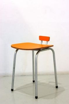 Tabouret ©Phillippe Million Funny Furniture, Design Furniture, Chair Design, Modern Furniture, Living Room Seating, Dining Room Chairs, Desk Chairs, Office Chairs, Creation Deco