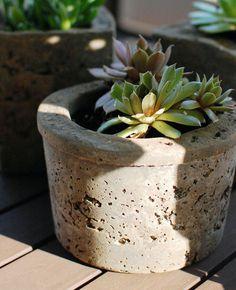 Plante Monstera, Diy Plante, Diy Jardin, Beton Diy, Planter Pots, Vase, Ceramics, Cement, Blog