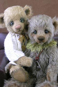 ANNA & JONATHAN by potbellybears, via Flickr