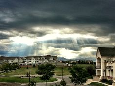 Afternoon showers in Broomfield (photo by Andrew Brezoff)