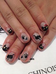 Black Cat Nail