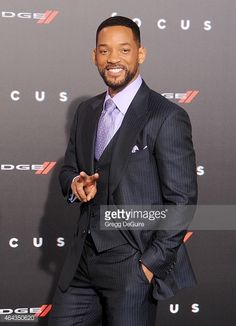 pursuit of happyness movie and book comparison Remarkable character essay the amazing movie, the pursuit of happyness, was complete with the outstanding work of will smith known as chris gardner in the.