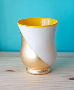 Posts about DIY gold leaf written by Steph Yellow Vase, Gold Dipped, Do It Yourself Home, Gold Leaf, Home Improvement, Sweet Home, Diy Projects, Decor Ideas, Craft Ideas