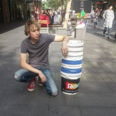 I'm an Australian drummer who has studied music in Japan. I drum in bands but I also busk with buckets in Sydney. Contact: thedrummergordo@gmail.com