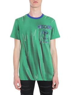 MOSCHINO T-shirt Stampa Shadows. #moschino #cloth #topwear