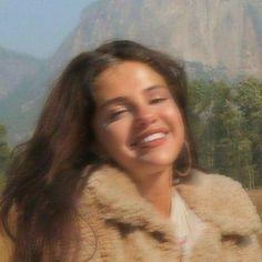 Selena Gomez Album, Estilo Selena Gomez, Selena Gomez Photoshoot, Selena Gomez Cute, Selena Gomez Outfits, Selena Gomez Style, Selena And Taylor, Look At Her Now, Selena Gomez Pictures