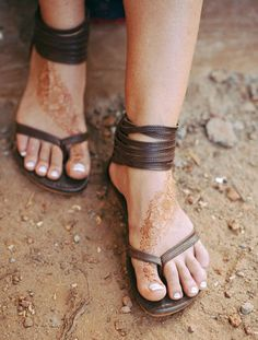 Molle. Brown leather thong sandals / womens leather by BaliELF