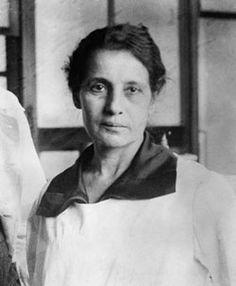 Biografia de Lise Meitner. Física austríaca que se destacou na área da física nuclear