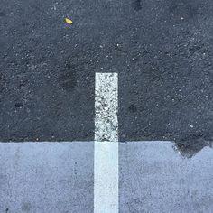 #Oakland #marker #whiteline #line #cement #concrete #asphaltart #urban #urbanart #urbanarcheology #artaccidently #pavement #hardscape #streetart #modern #modernist #accidentalart #abstractart #abstract #art #lookdown #unintentionalart #unexpectedart  #minimalist #minimal #intersection #asphaltography #roadart #streetmarkings #parkinglot