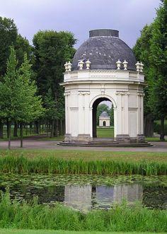 Pavillon, Herrenhäuser Garten, Hannover, Germany. repinned by www.parkett-direkt.net