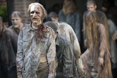 """13 """"Walking Dead"""" Season 5 details you probably missed: 17 Minutes"""