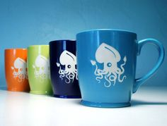 Squiggly squid makes a great nautical coffee companion! This large, sturdy coffee mug comes in tangerine orange, navy blue, sky blue or celery green. Also available as a pendant! Large ceramic coffee
