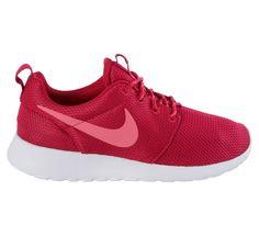 Trendy Nike Rosherun Sneakers Dames (roze) Sneakers van het merk Nike voor Dames . Uitgevoerd in roze gemaakt van Textiel.
