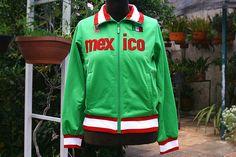 Agasalho em Elanca México $60 Tamanho P Second Hand