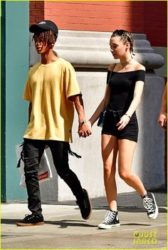 Jaden Smith Holds Girlfriend Sarah Snyder's Hand in NYC