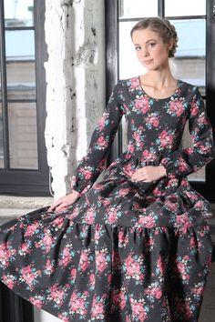 Pretty floral full skirt