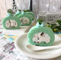Real Food Recipes, Cake Recipes, Aesthetic Food, Mint Chocolate, Something Sweet, Sweet Desserts, Confectionery, Donuts, Sprinkles