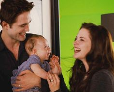 I love this picture! Adorable bts pic of Rob and Kristen with the baby. BD2