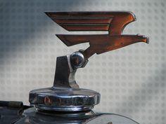 File:Adler Standard 6 hood ornament.jpg