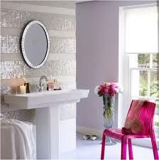 Striped Glitter Wall! So cute, but totally would not fit in with the rest of our house lol