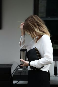 Best Capsule Wardrobe Part 15 Girl Fashion, Fashion Outfits, Womens Fashion, White Fashion, Photoshoot Idea, Image Fashion, Office Fashion, Girl Boss, Minimalist Fashion