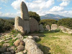 Italy Prehistoric tombs in Sardinia, Giants' graves