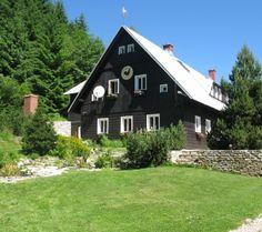 Horská chata u Kokrháče Farmy, Home Fashion, Cabin, House Styles, Home Decor, Decoration Home, Room Decor, Cabins, Cottage