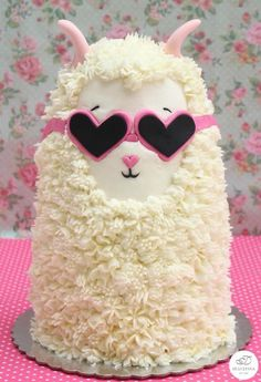 the unicorn cake. You really need this Llama cake instead Forget the unicorn cake. You really need this Llama cake instead , Forget the unicorn cake. You really need this Llama cake instead , Unicorne Cake, Cake Art, Eat Cake, Crazy Cakes, Fancy Cakes, Pretty Cakes, Cute Cakes, Llama Birthday, Animal Cakes