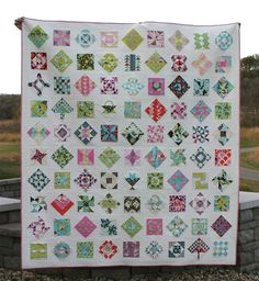 City House Studio: Farmers Wife Quilt - good layout idea.