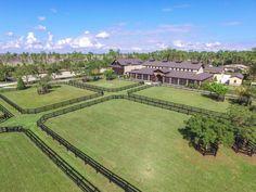 Dream Stables, Dream Barn, Horse Stables, Horse Farms, Horse Farm Layout, Luxury Horse Barns, Horse Arena, Horse Barn Plans, Dream Properties
