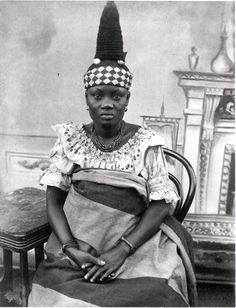 Africa | Fanti woman with elaborate hairstyle. Ghana. ca. 1910 | ©Smithsonian Institution, National Museum of African Art, Eliot Elisofon Photographic Archives; photographer unknown