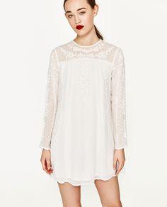592689257b6 Nuevo en tienda. Outfit GoalsAsosZara WhitesEmbroidered ...