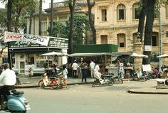 Saigon 1970 - Photo by Artzkat - Bưu điện Trung tâm, Công trường TT John F. Kennedy