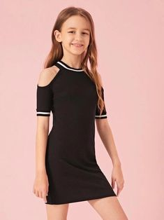 Young Girl Fashion, Girls Fashion Clothes, Teen Fashion Outfits, Cute Little Girls Outfits, Kids Outfits Girls, Cute Outfits, Cord Pinafore Dress, Cute Dresses, Girls Dresses