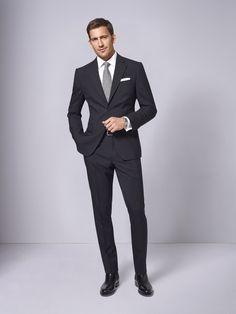Formal suits men - 61 How To Wear Black Suit For Men Work Outfit Men In Black, Black Suit Men, Mode Masculine, Mens Fashion Suits, Mens Suits, Mens Office Fashion, Men's Fashion, Fashion Tips, Black Suit Combinations