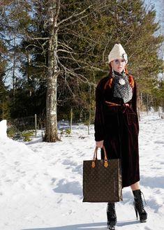 The wardrobe of Ms. B: A bit like Hugh Hefner in my velvet coat