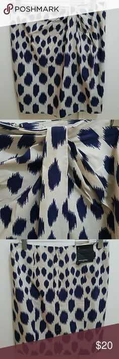 Banana Republic silk blend faux knot skirt NWT Dark blue and off white ikat-style pattern. Pencil style with back zipper and kick pleat (still cross stitched). Faux wrap and knot on left. Size 2. Waist approximately 15 inches across flat. Approximately 20 inches long in back. 62% cotton, 38% silk. New with tags. Banana Republic Skirts Pencil