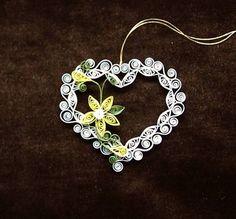 quilled hjerte med blomst ophæng