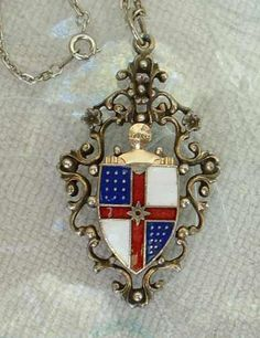 Coat of Arms Pendant Necklace Red White Blue Enamel Vintage Jewelry